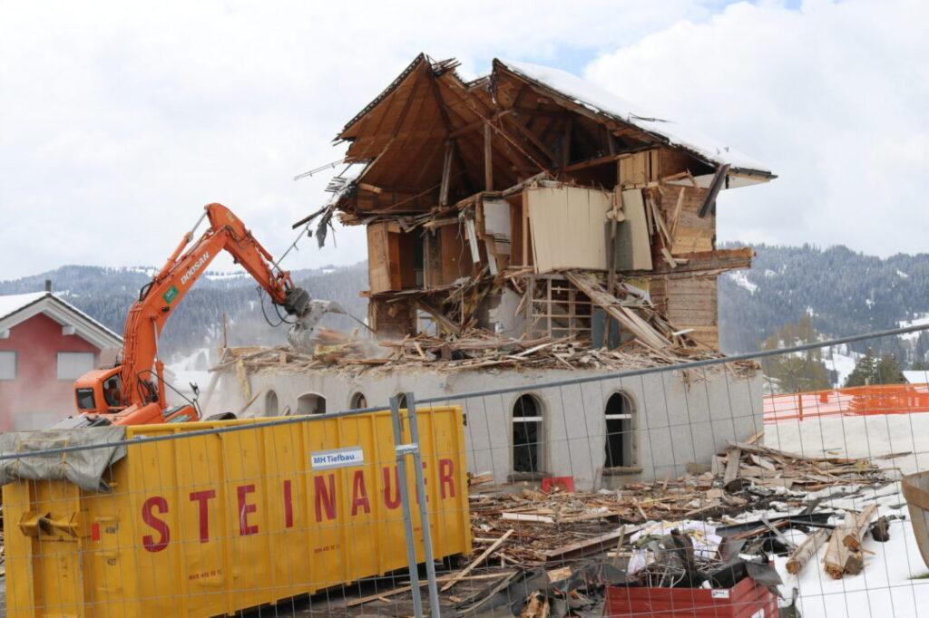 Ersatzbau Altes Schulhaus, 8843 Oberiberg (15)